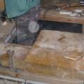 床の解体作業中