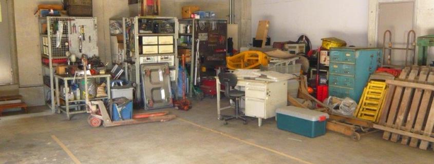工具などの不用品の数々